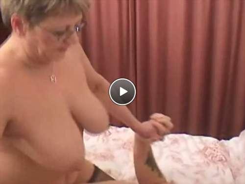 single black mom video